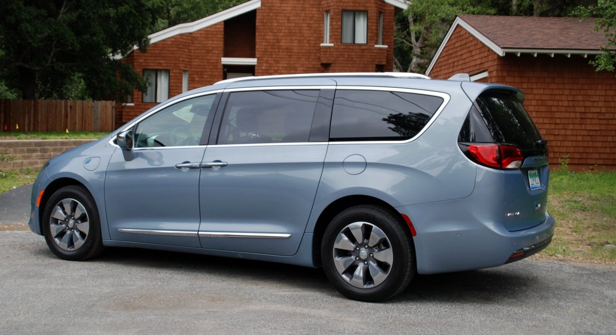 Chrysler Pacifica PHEV