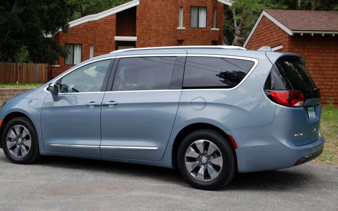 First Drive: 2017 Chrysler Pacifica Hybrid