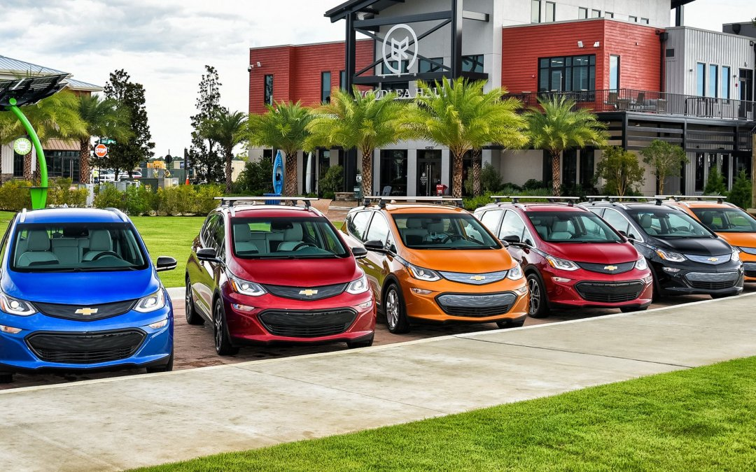 GM's Maven Moves into the Gig Economy with Bolt EVs