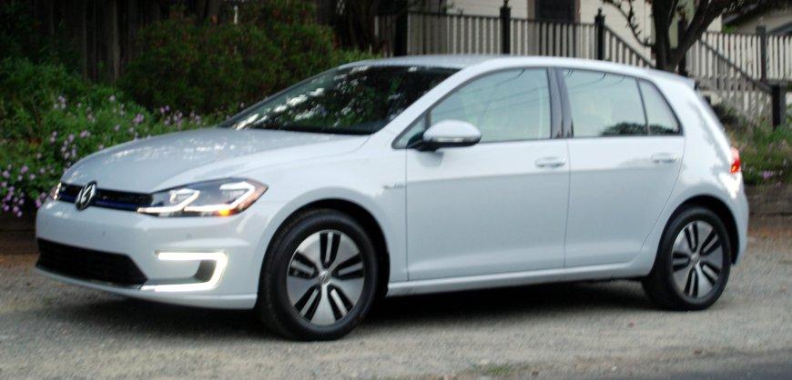 2017 Volkswagen e-Golf, VW