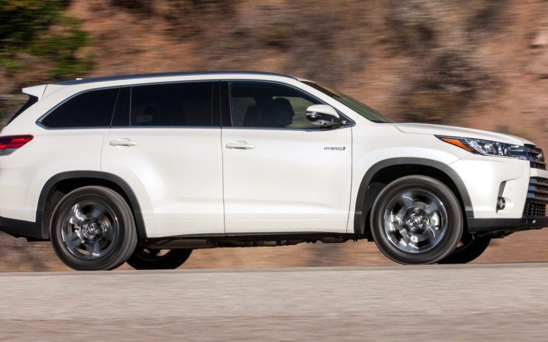 Road Test: 2017 Toyota Highlander Hybrid