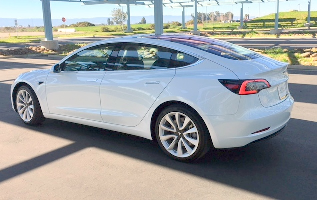 Flash Drive: Tesla Model 3 | Clean Fleet Report