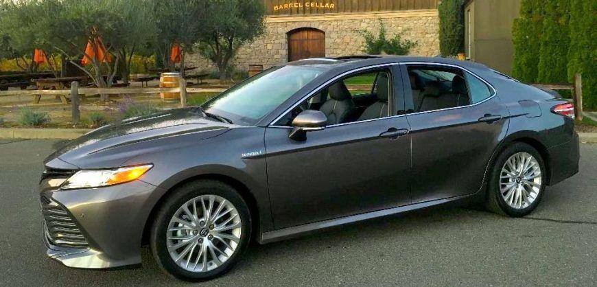 Road Test: 2019 Toyota Camry Hybrid XLEClean Fleet Report | Clean