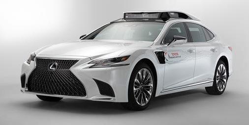 Lexus TRI-P4