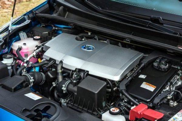 2019 Toyota Prius AWD 2020 Toyota Prius Prime