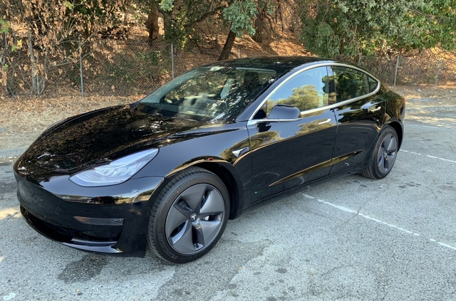 Tesla Model 3 Short Range Plus