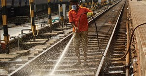 Railway-Cleaning