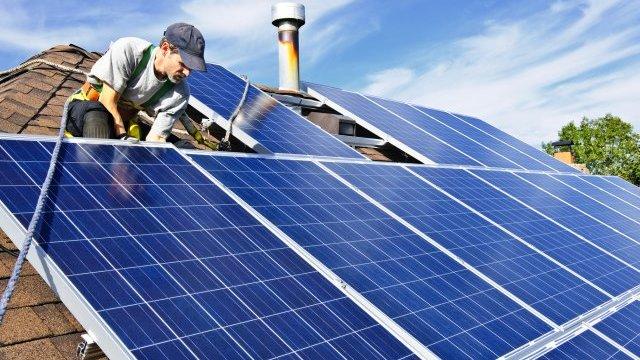 hiring a residential solar company