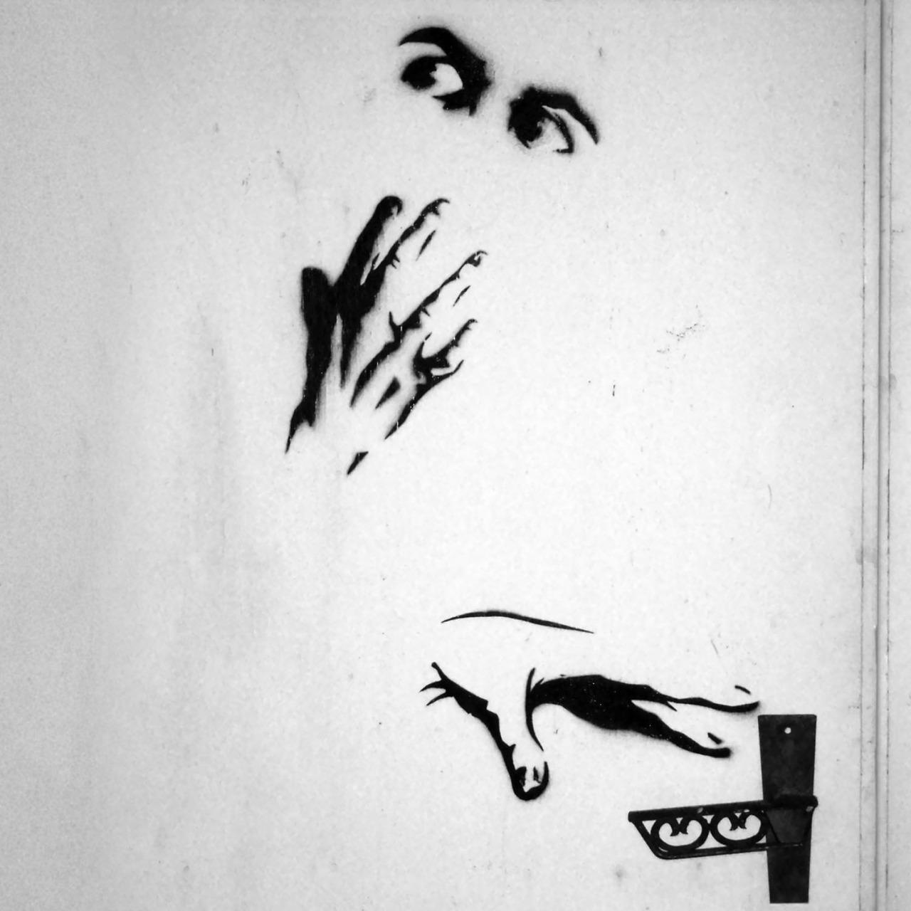 een geschrokken persoon wilt ontsnappen