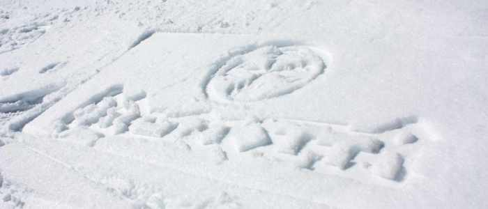 Cleanvertising-duurzaam-adverteren-in-de-sneeuw-Snowvertising-Brunotti2