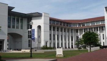 emory 2016 essay scholarships