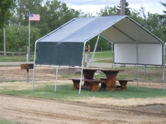 County Line Shade Covering for Picnic Table