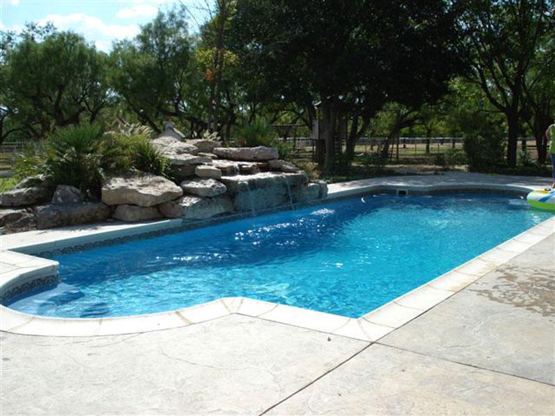 clearwater fiberglass pools