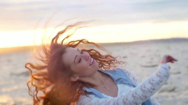 Скачать Burak Yeter - Tuesday feat. Danelle Sandoval клип ...