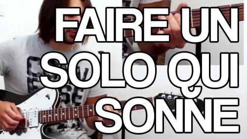 faire un solo de guitare qui sonne un cours vidéo pour trouver les bonnes notes quand vous improvisez