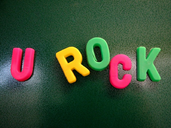 u rock spelled out in magnets