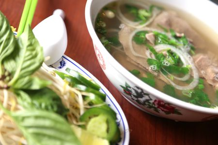 Cleveland top Pho