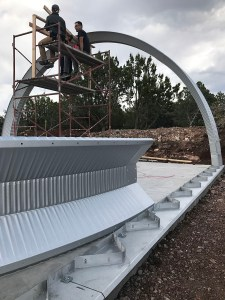 Clever Moderns Quonset Hut Construction 02