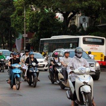 バイクだらけの市内