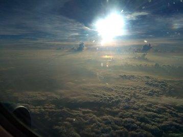 雲が美しいベトナム上空