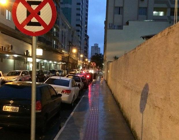 proibido estacionar