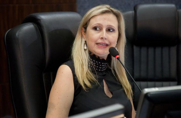 Vereadora Anna Carolina