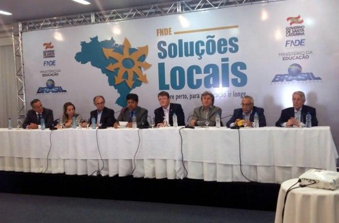 Ministro da Educação, José Mendonça Bezerra Filho, libera recursos para Santa Catarina e municípios  (Edinéia Rauta / SED)