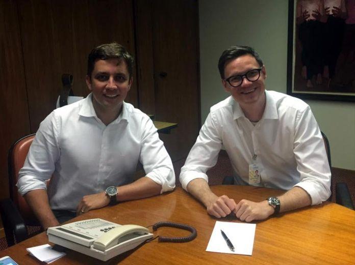 Fabrício Oliveira e Cleverson Siewert (divulgação)