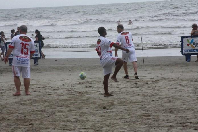 01 02 17 Futebol de Areia bc