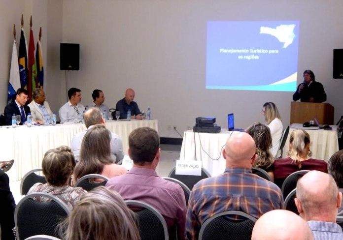 8ª Reunião de Regiões Metropolitanas da Federação das Cãmaras de Dirigentes Lojistas de SC – FCDL