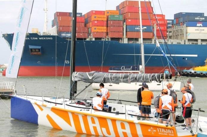 Itajaí Sailing Team escala time de vela para se engajar na programação de aniversário do município