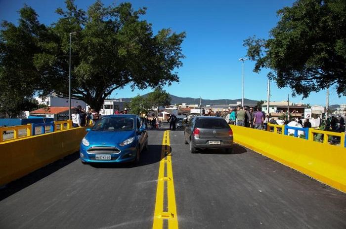 Ponte Tancredo Neves 1