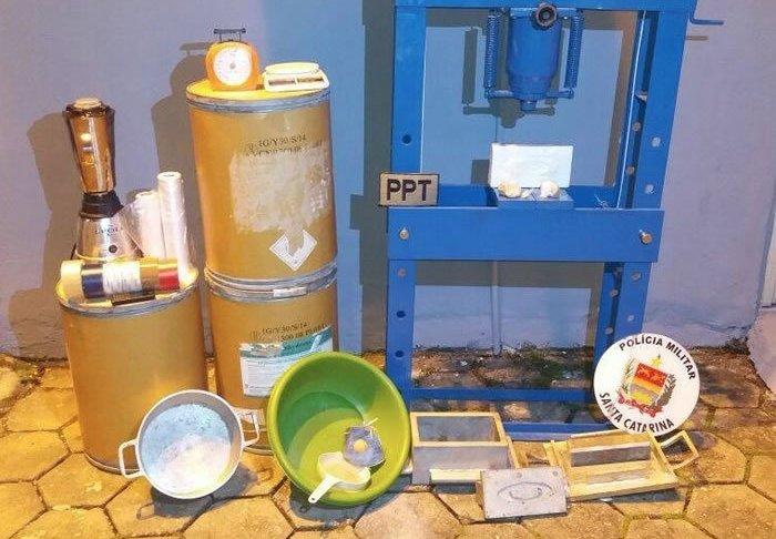 laboratorio para o refino de cocaina
