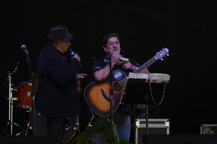 Festival Sertanejo destaca talentos locais na Festa do Colono