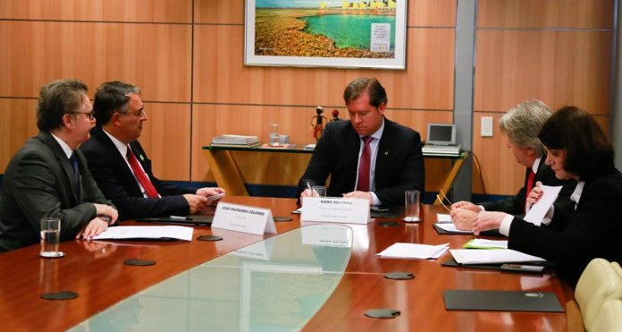 Governador apresenta balanço das obras do Centro de Eventos