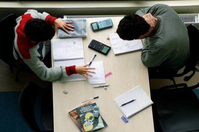 Iniciam inscrições para Auxílio a Estudantes Universitários