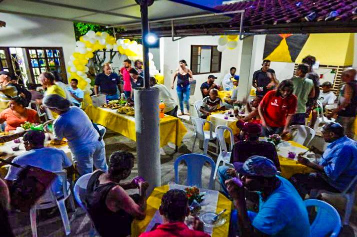 Ceia de fim de ano reúne 60 pessoas em situação de rua edited