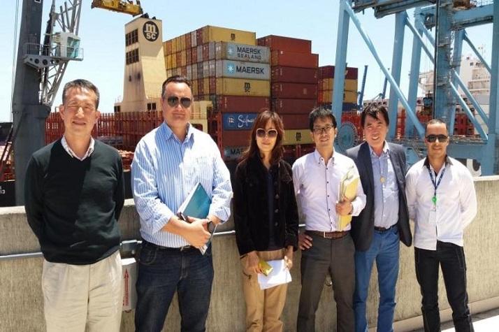 Técnicos do Ministério da Agricultura do Japão visitam Porto de Itajaí