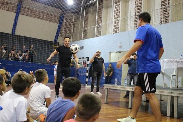Palestra de Falcão e Diego Freestyle fãs e atletas no Gabriel Collares