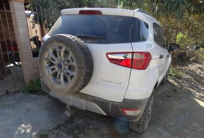 carro roubado em lavação