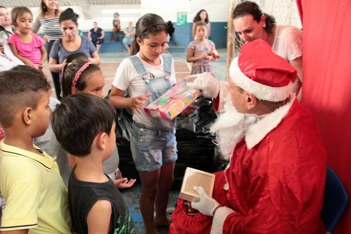 Inclusão Social realizou ação de Natal para as crianças
