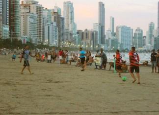 Campeonato de Futebol de Areia Oficial