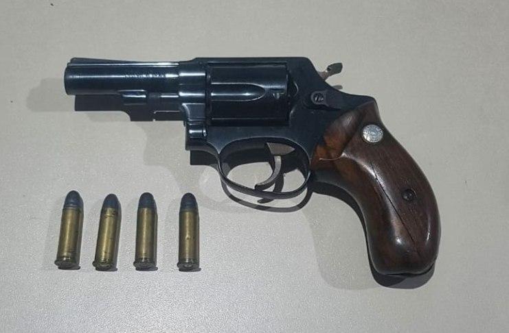 arma 4 munições