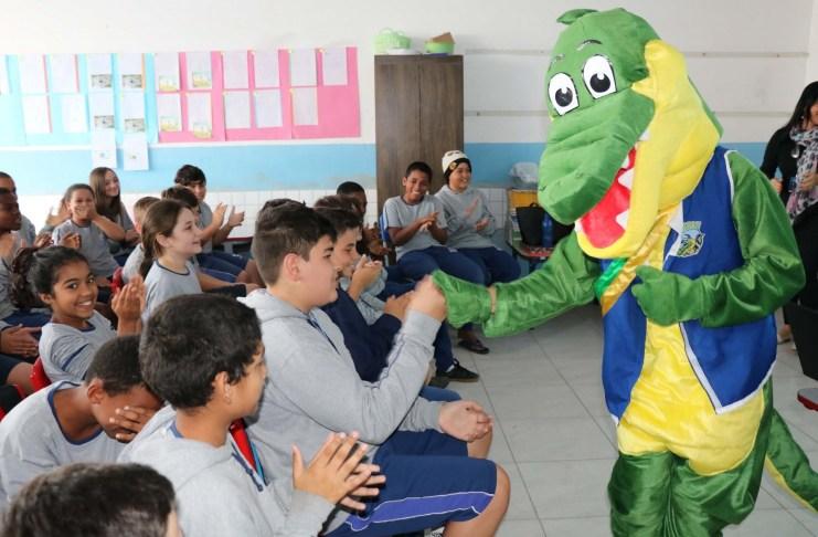JACAMASA nas Escolas leva aprendizado e diversão aos alunos do CEM Tomaz F. Garcia