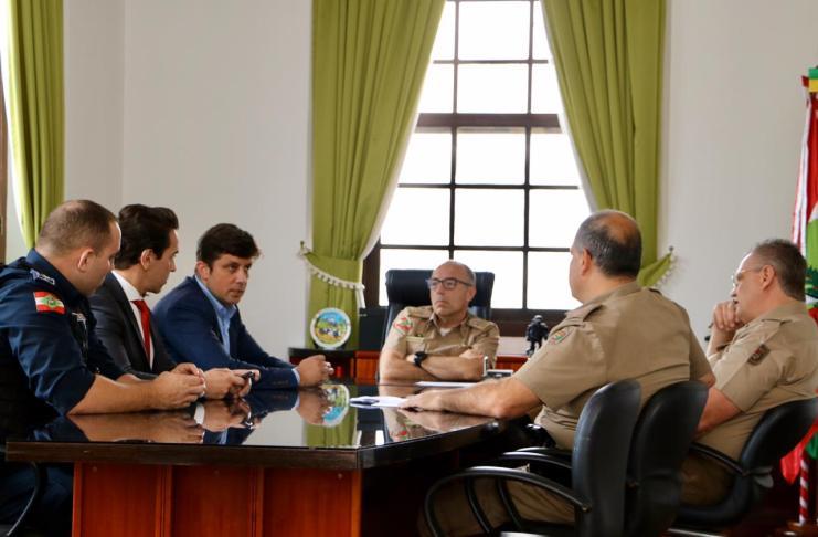 Município se reúne com comando da Polícia Militar para debater ações para temporada