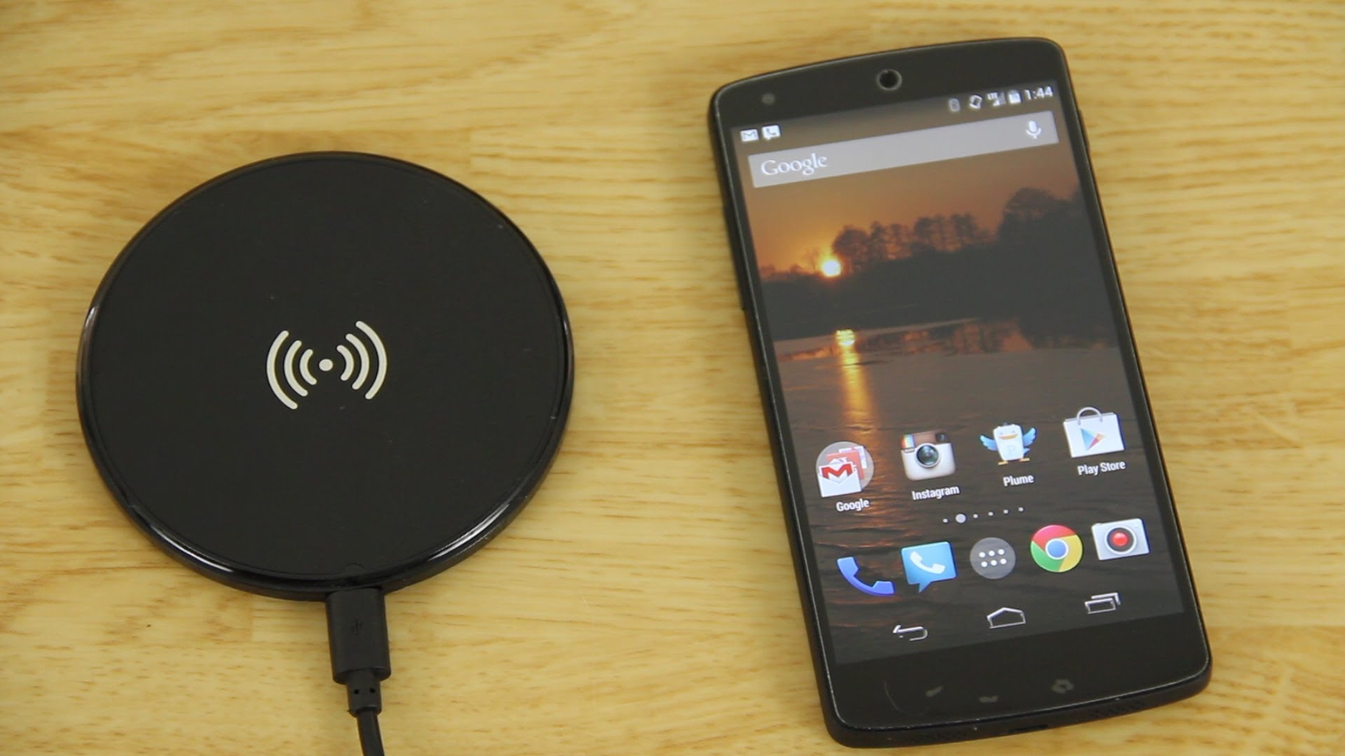 Qi enabled wireless charging pad