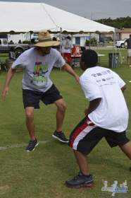 cliff_avril_2013_football_camp_116