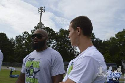 cliff_avril_2013_football_camp_119