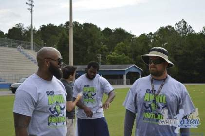cliff_avril_2013_football_camp_126