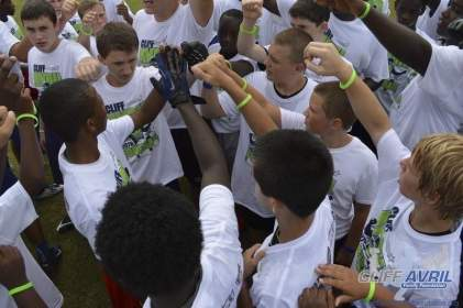 cliff_avril_2013_football_camp_128